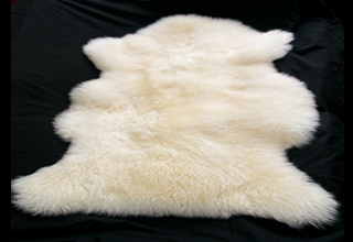 (dry clean)   Large Sheepskin